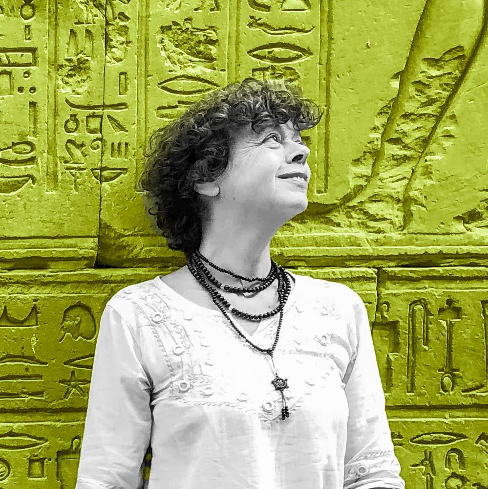 Elena Tralli. Kayak agenzia di comunicazione Milano